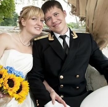 жених в форме военного